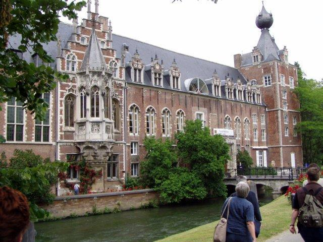 University_of_Amsterdam.jpg